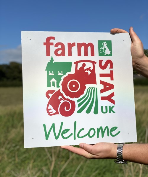 Reflective signs, farm stay holiday accommodation UK